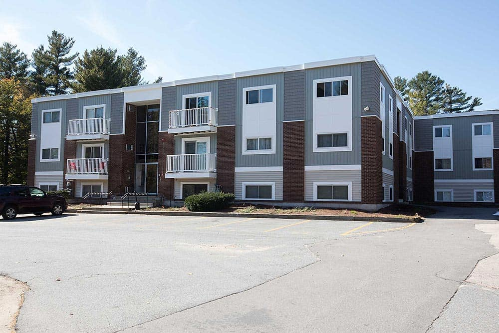 Woodland Village Condominiums Londonderry NH